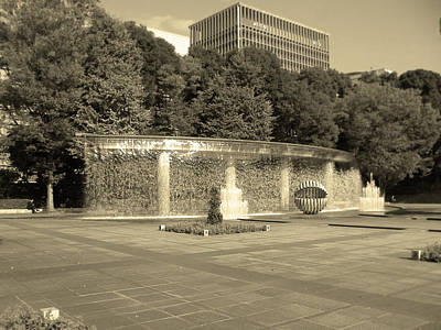 Japan House Photograph - Tokyo Fountain by Naxart Studio