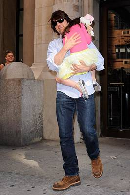 Hello Kitty Photograph - Tom Cruise, Suri Cruise, Leave by Everett