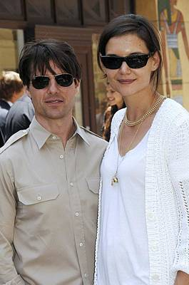 Long Necklace Photograph - Tom Cruise Wearing Ray-ban Sunglasses by Everett