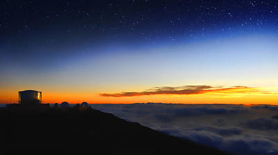 Mauna Kea Digital Art - Top Of The World by Peter Chilelli