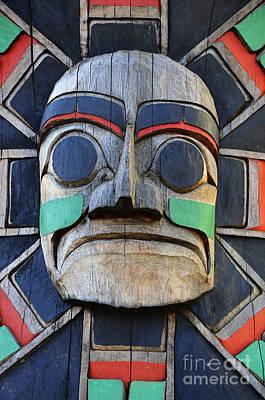 Haida Photograph - Totem Pole 16 by Bob Christopher