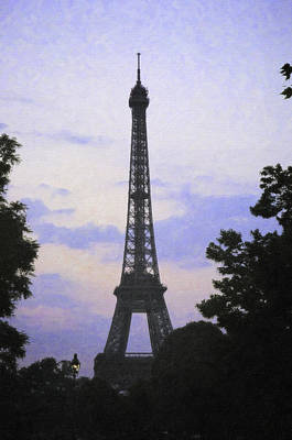 Digital Art - Tour D'eiffel Paris by Donna Munro