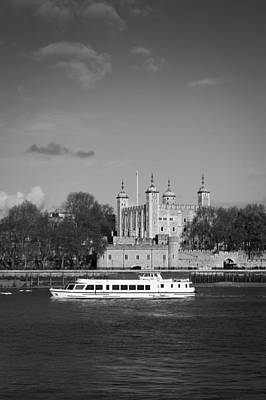 Photograph - Tower Of London With Tourist Boat by Gary Eason