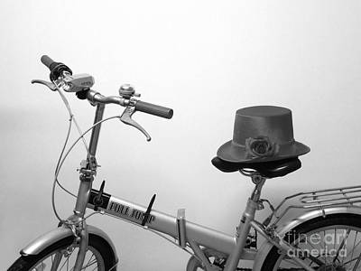Photograph - Traveling In Style . Black And White by Renee Trenholm