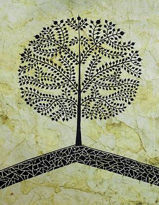 Indian Tribal And Folk Art Painting - Tree Of Life-warli Contemporary Painting by Aboli Salunkhe
