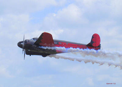 Photograph - Twin Beech 18 by T Guy Spencer