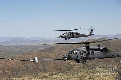 Two Hh-60 Pave Hawks Refuel Art Print