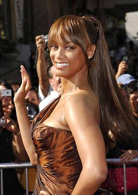 Kodak Theatre Photograph - Tyra Banks At Arrivals For 34th Annual by Everett