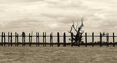 U Bein Bridge Art Print