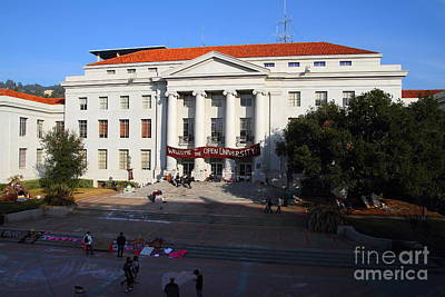 Uc Berkeley . Sproul Hall . Sproul Plaza . Occupy Uc Berkeley . 7d10004 Art Print by Wingsdomain Art and Photography