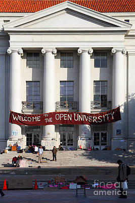 Uc Berkeley . Sproul Hall . Sproul Plaza . Occupy Uc Berkeley . 7d9992 Art Print by Wingsdomain Art and Photography