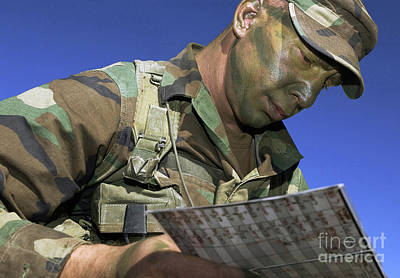 U.s. Air Force Lieutenant Reviews Print by Stocktrek Images