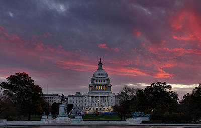 Fountain Photograph - Us Capitol - Pink Sky Getting Ready by Metro DC Photography