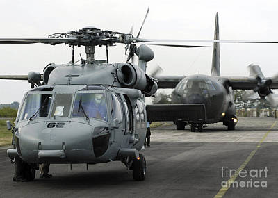 Politicians Royalty-Free and Rights-Managed Images - U.s. Navy Sh-60b Seahawk Helicopter by Stocktrek Images