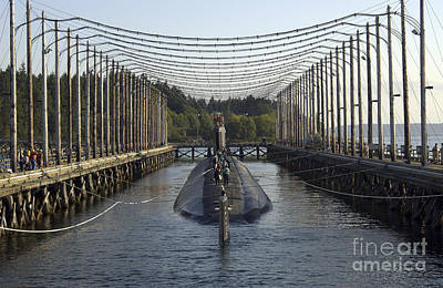 Uss Jimmy Carter Moored In The Magnetic Art Print by Stocktrek Images