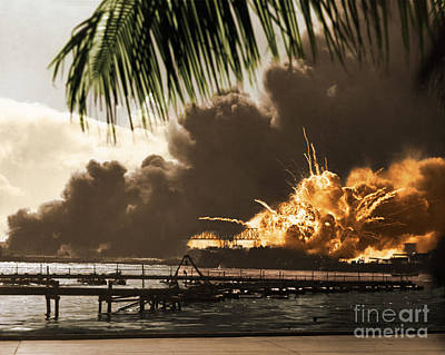Photograph - U S S Shaw Pearl Harbor December 7 1941 by Photo Researchers