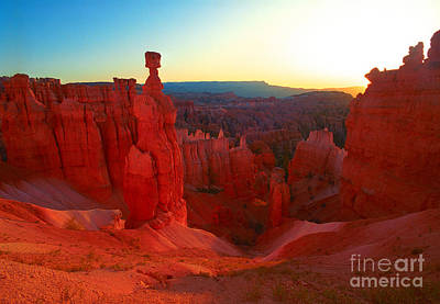 Photograph - Utah - Thor's Hammer by Terry Elniski