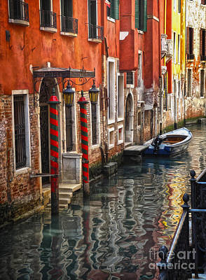 Painting - Venice Italy - Quiet Canal by Gregory Dyer
