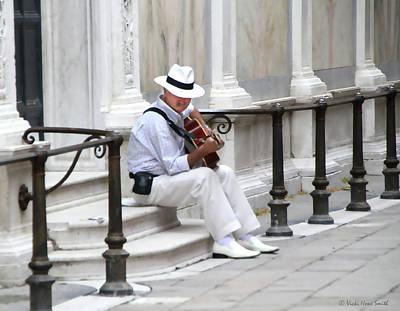 Photograph - Venice Street Musician by Vicki Hone Smith