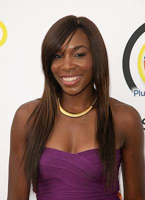 Long Necklace Photograph - Venus Williams In Attendance For New by Everett