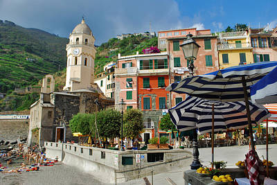 Jeka World Photograph - Vernazza by Jeff Rose