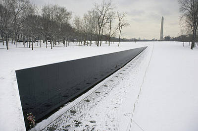 Vietnam Veterans Memorial Wall Photograph - Vietnam Veterans Memorial In Winter by James P. Blair