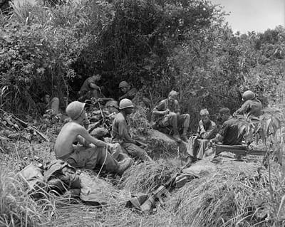 101st Airborne Division Photograph - Vietnam War. Soldiers Of The 101st by Everett