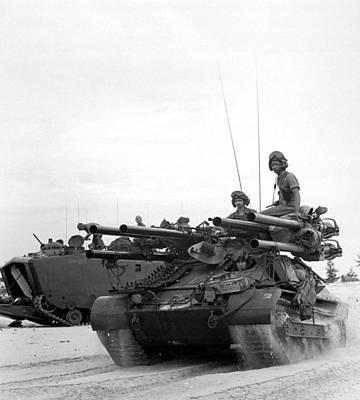 Vietnam War. Us Troops Arriving Art Print by Everett