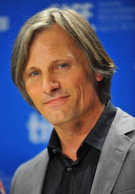 At The Press Conference Photograph - Viggo Mortensen At The Press Conference by Everett