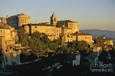 Village De Gordes. Vaucluse. France. Europe Art Print