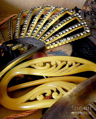 Barrette Photograph - Vintage Combs And Barrettes by Lainie Wrightson