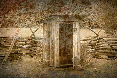 Vintage Looking Old Outhouse In The Great Smokey Mountains Art Print
