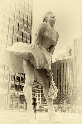 Photograph - Vintage Monroe by David Bearden