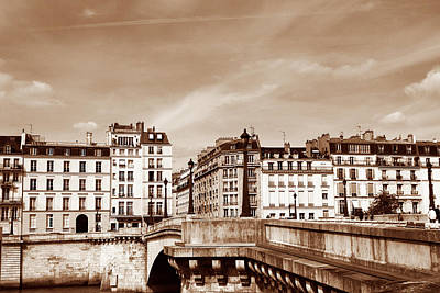 Photograph - Vintage Paris 8 by Andrew Fare