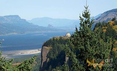 Columbia River Photograph - Vista House by Charles Robinson