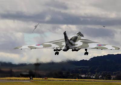 Raf Photograph - Vulcan Qra Launch by Pat Speirs