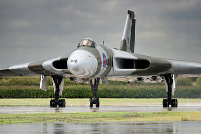 Photograph - Vulcan Thunder by Ian Merton