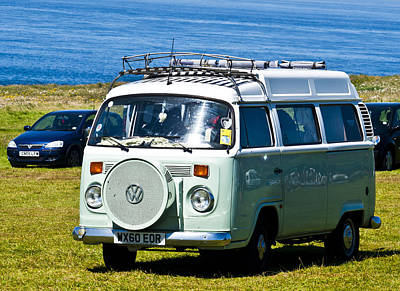 Bus Photograph - Vw Camper by Paul Howarth