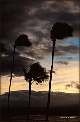 Photograph - Wa'alaea Sunrise by Paulette B Wright