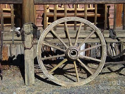 Wagon Wheel Art Print by Charles Robinson