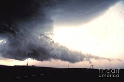 Strong America Photograph - Wall Cloud With Tail by Science Source