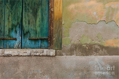 Wall Detail Venice Italy Art Print by Bob Christopher
