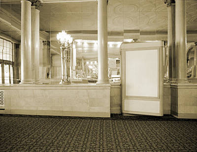 Photograph - Warner Theater by Jan W Faul