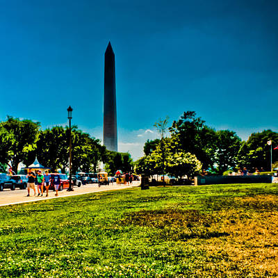 Smithsonian Museum Photograph - Washington Monument by David Hahn