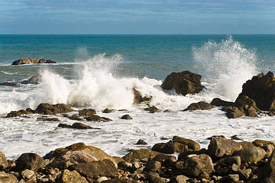 Photograph - Waves by Graeme Knox