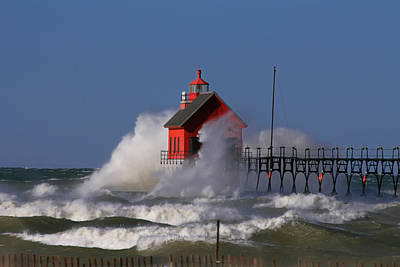 Waves Over The Grand Haven Outer Light Art Print
