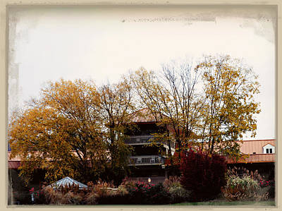 Photograph - Waynesville Inn And Golf Resort by Paulette B Wright