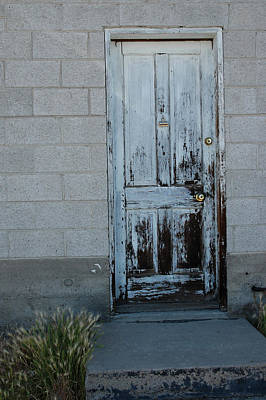 Gold Photograph - Weathered Door Virginia City Nevada by LeeAnn McLaneGoetz McLaneGoetzStudioLLCcom