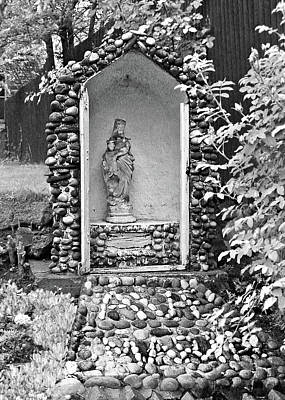 Photograph - Weathered Shrine by Donna Proctor