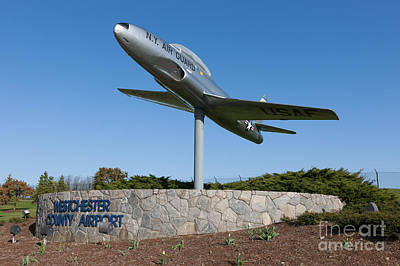 Photograph - Westchester County Airport Entrance by Clarence Holmes